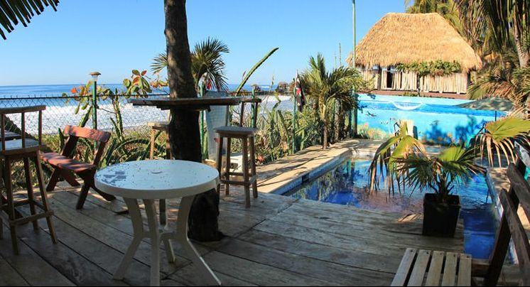 surfcamp playa el tunco