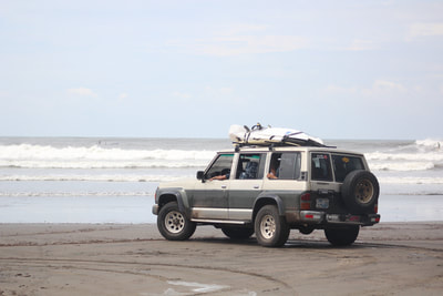 surf guide in el salvador